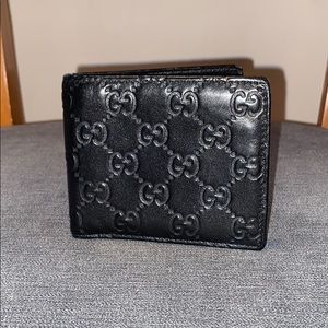 Authentic Gucci Guccissima Wallet